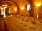 Another view of a wedding dinner's table at Villa Catignano